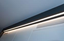 LED lys over høgskap